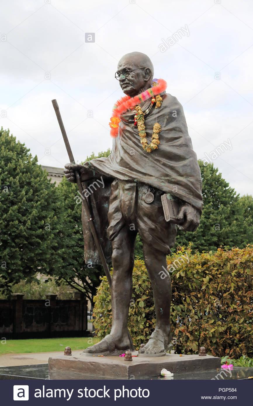 Mahatma Gandhi statue, Cardiff Bay, Cardiff, UK - Stock Image