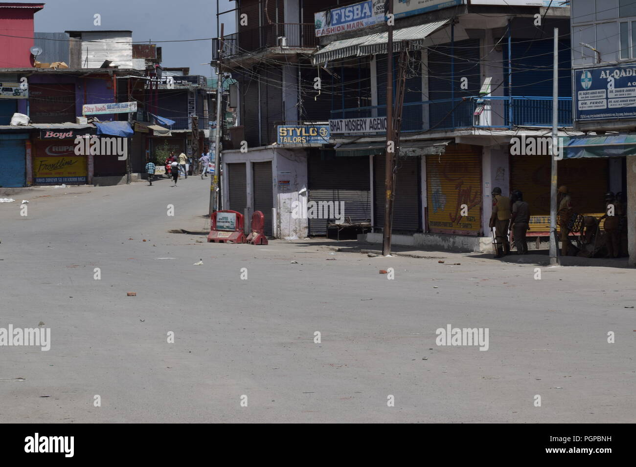 Anantnag, India  27th Aug, 2018  Clashes was erupted soon in Kashmir