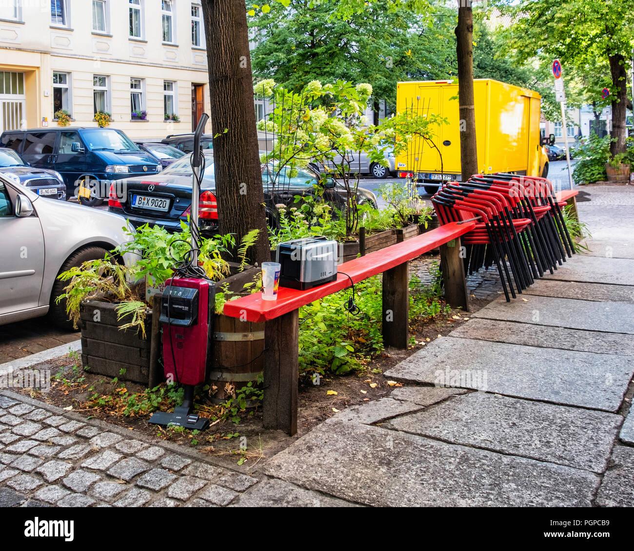 Berlin Mitte Urban Street View Abandoned Vacuum Cleaner