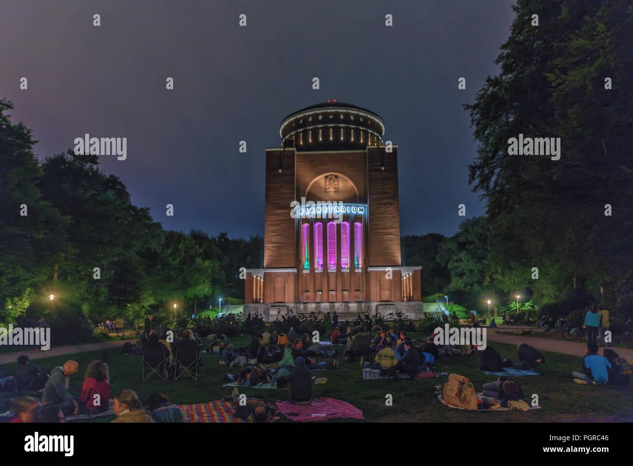 Planetarium im Stadtpark Hamburg - Klangwolke zum Vollmond - - Stock Image