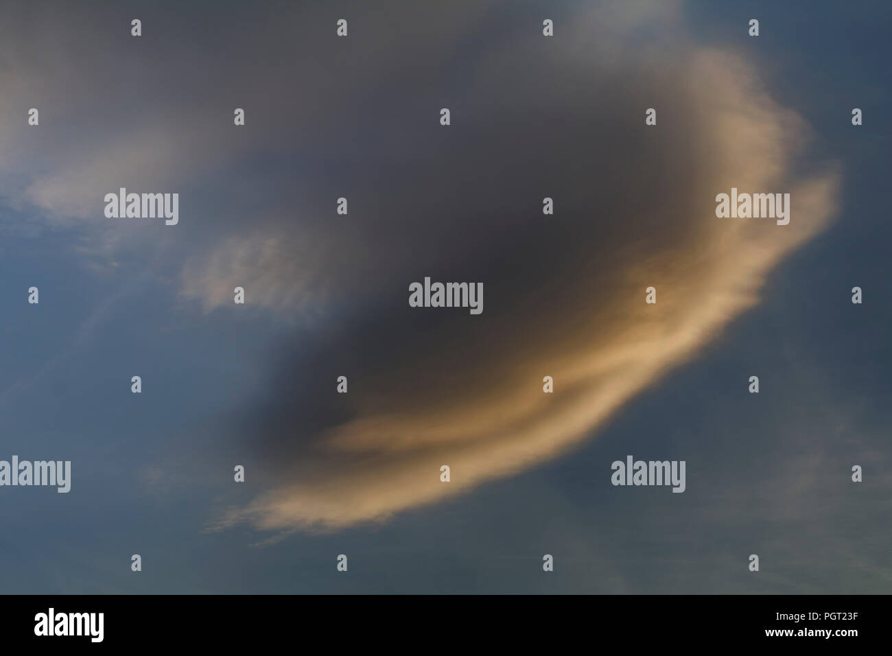 Hammer head cloud formation - Stock Image