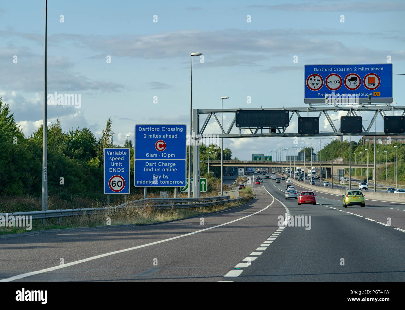 M25 Motorway leading to the Dartford Tunnel - Stock Image