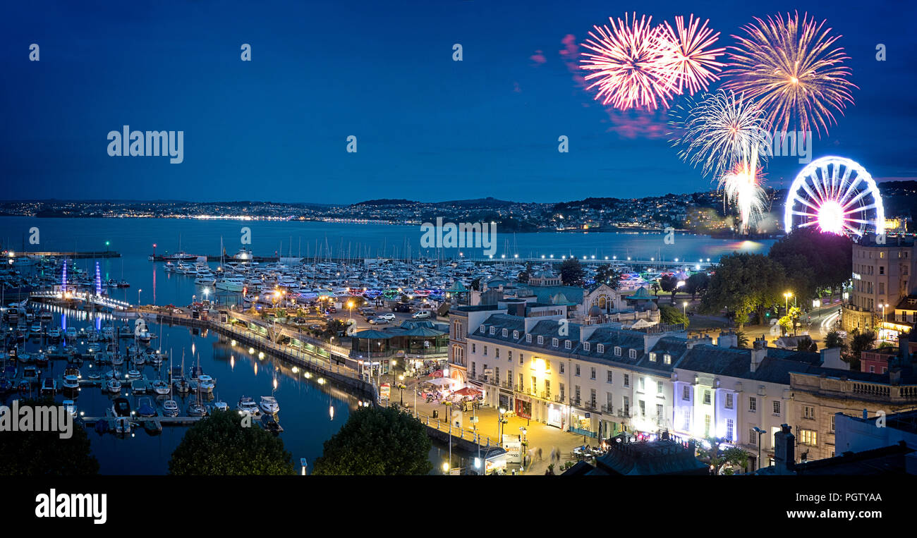 GB - DEVON: August Bank Holiday fireworks over Torquay Stock Photo