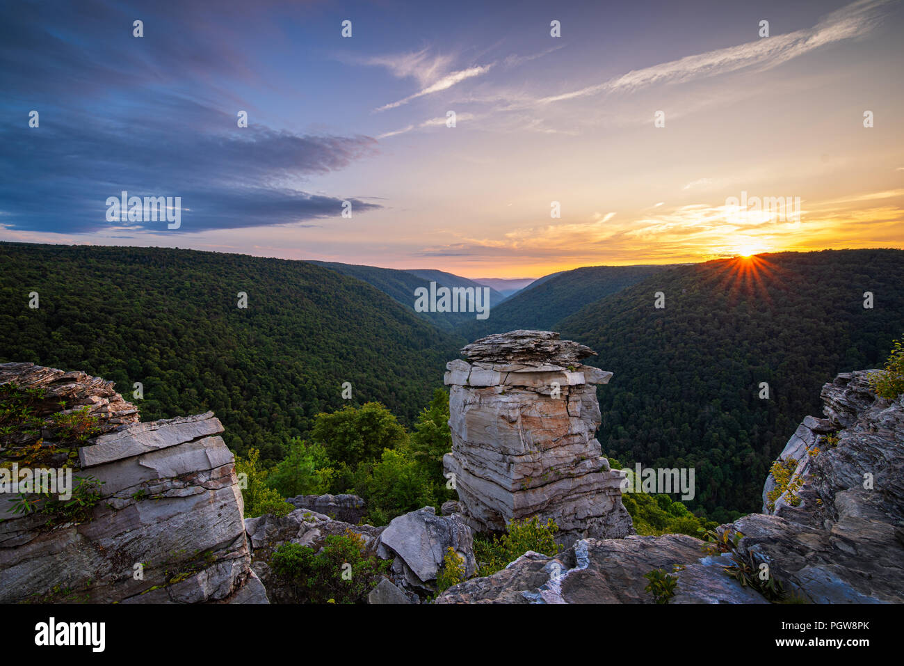 The sunsets over Blackwater Canyon from Lindy Point in Blackwater Falls State Park, West Virginia. - Stock Image