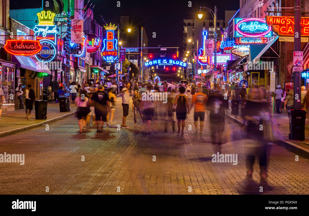 Memphis Beale Street, Home of the Blues at night in Memphis, Tennessee, USA. - Stock Image