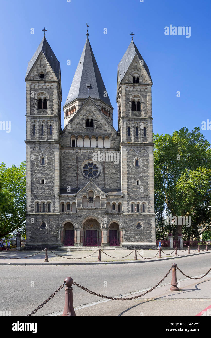 Temple neuf / Nouveau Temple protestant, Neo-Romanesque Protestant Reformed Church in the city Metz, Moselle, Lorraine, France - Stock Image