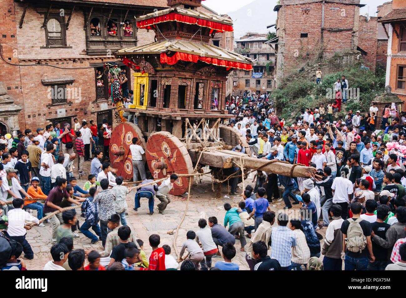 Bhaktapur, Kathmandu Valley, Bagmati, Nepal : During the Bisket Jatra Nepali New Year festival, chariots carrying the images of Bhairav and Bhadrakali - Stock Image