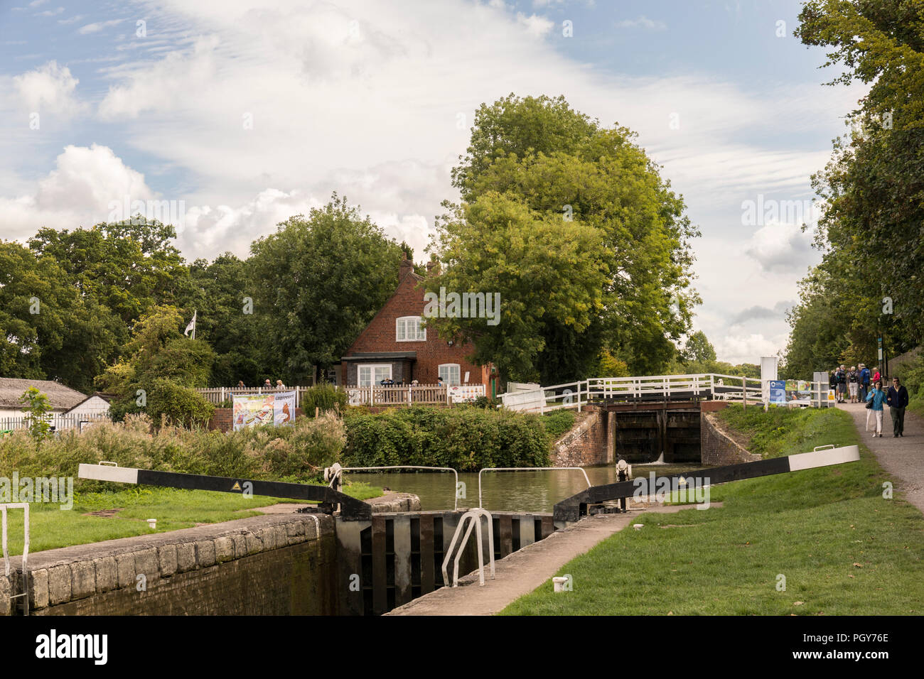 Caen Hill Cafe at the top of the continuous flight of 29 locks, Devizes, Wiltshire, UK - Stock Image