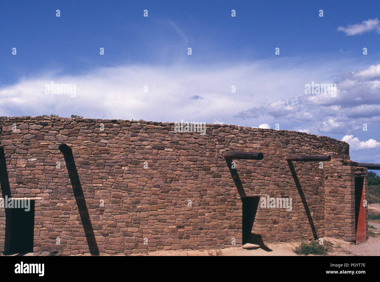 Ancestral Puebloan great kiva (restored), Aztec National Monument, New Mexico. Photograph - Stock Image