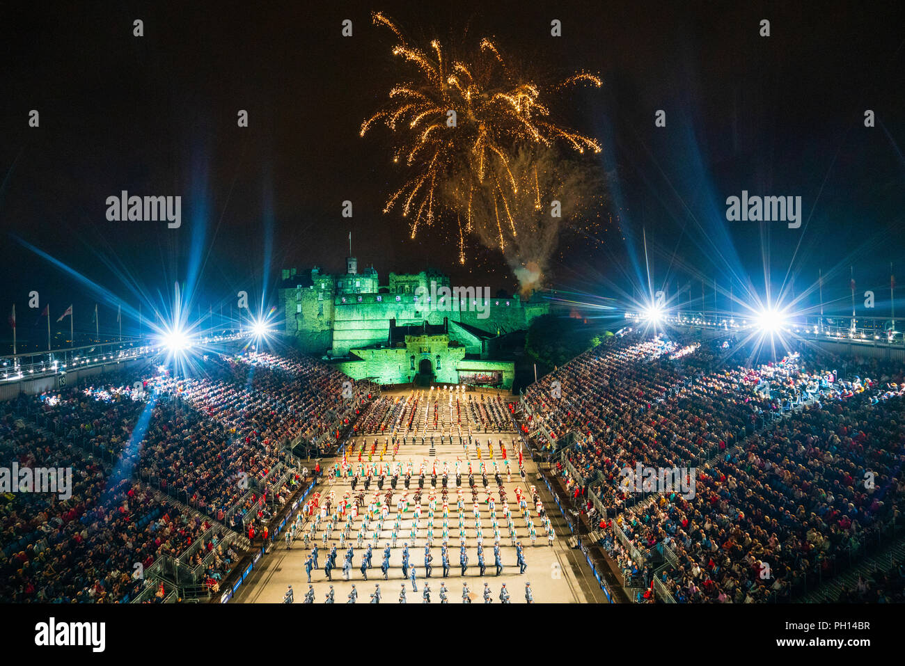 The 2018 Royal Edinburgh International Military Tattoo on esplanade of Edinburgh Castle, Scotland, UK. The Massed Pipes and Drums at the Finale Stock Photo