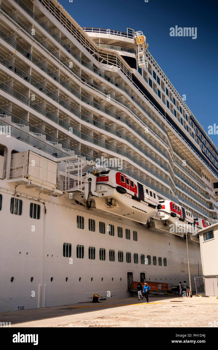 Gibraltar, Cruise Terminal, MV Norwegian Epic cruise ship, once world's 3rd largest - Stock Image
