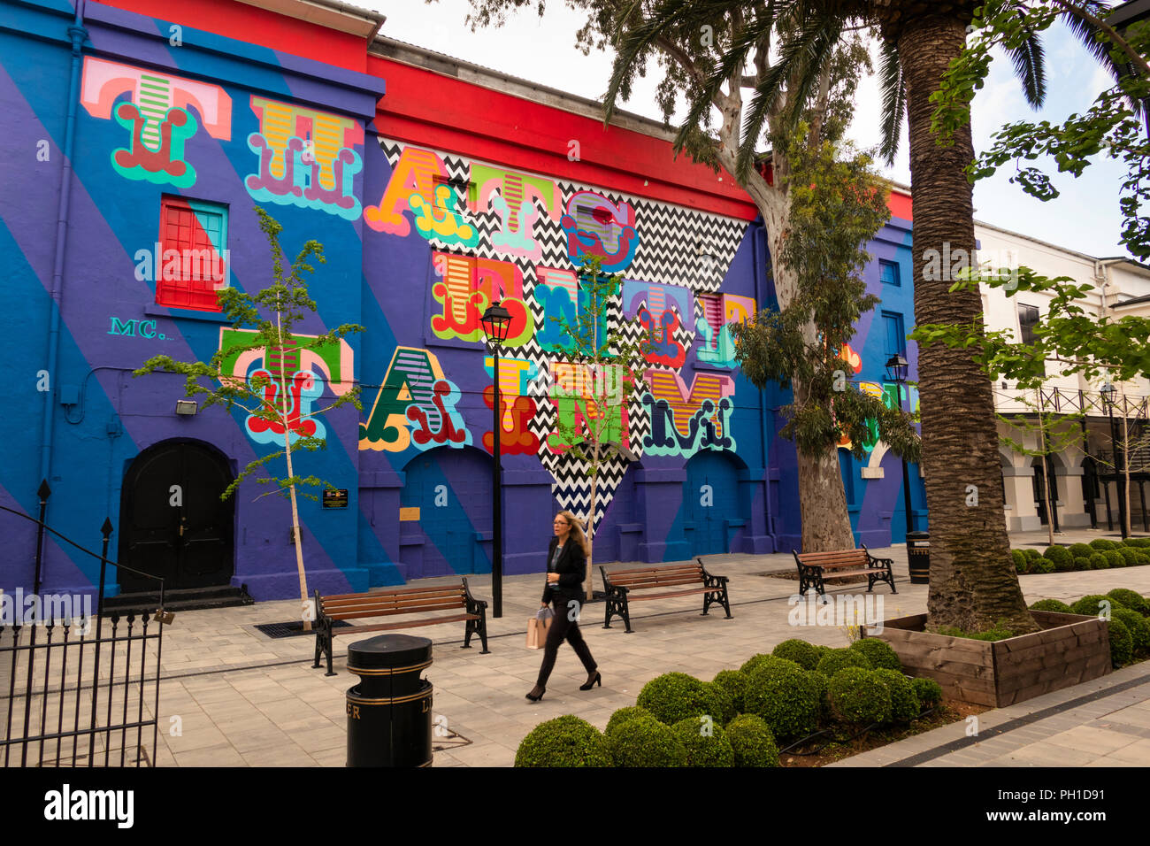 Gibraltar, Main Street, Inces Hall theatre, artist Ben Eines 'That's Entertainment. wall painting - Stock Image