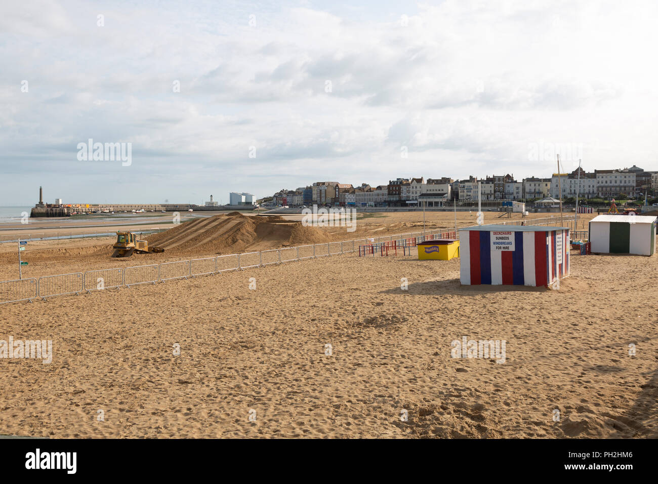61ad7e6a0 Part of Margate`s golden sands have been fenced off in preparation for Red  Bull`s Quicksand event on the 1st of September