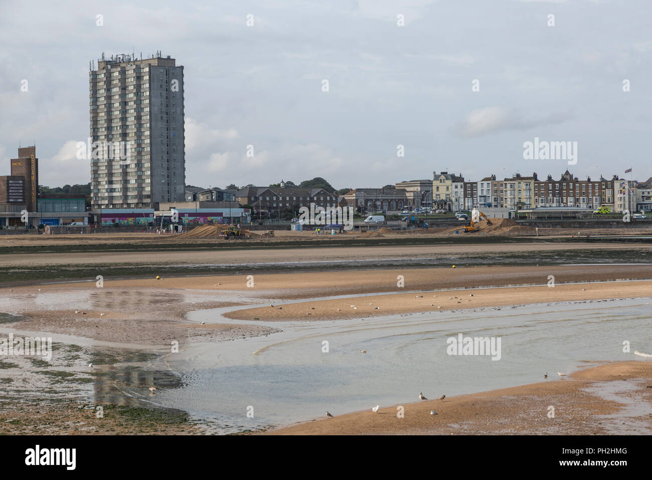 0209c7c14 Part of Margate`s golden sands have been fenced off in ...