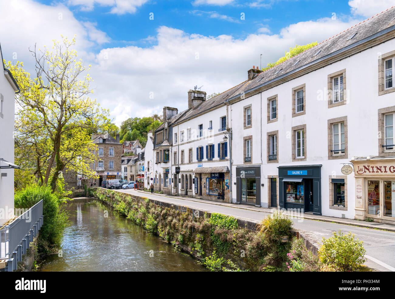 Shops along the River Aven, Pont-Aven, Finistere, Brittany, France - Stock Image