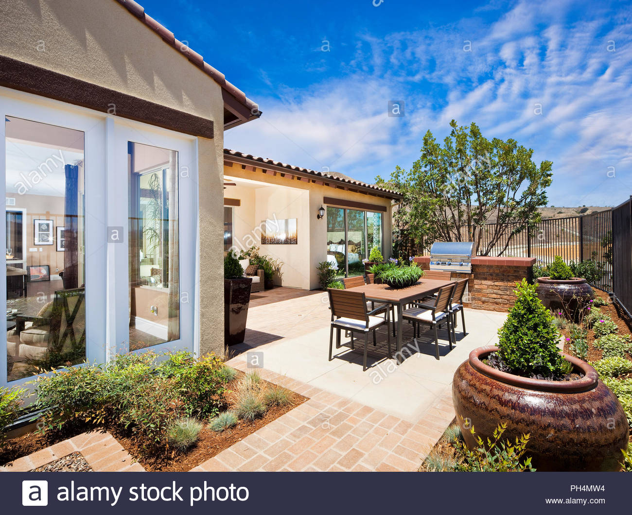 Patio in garden - Stock Image