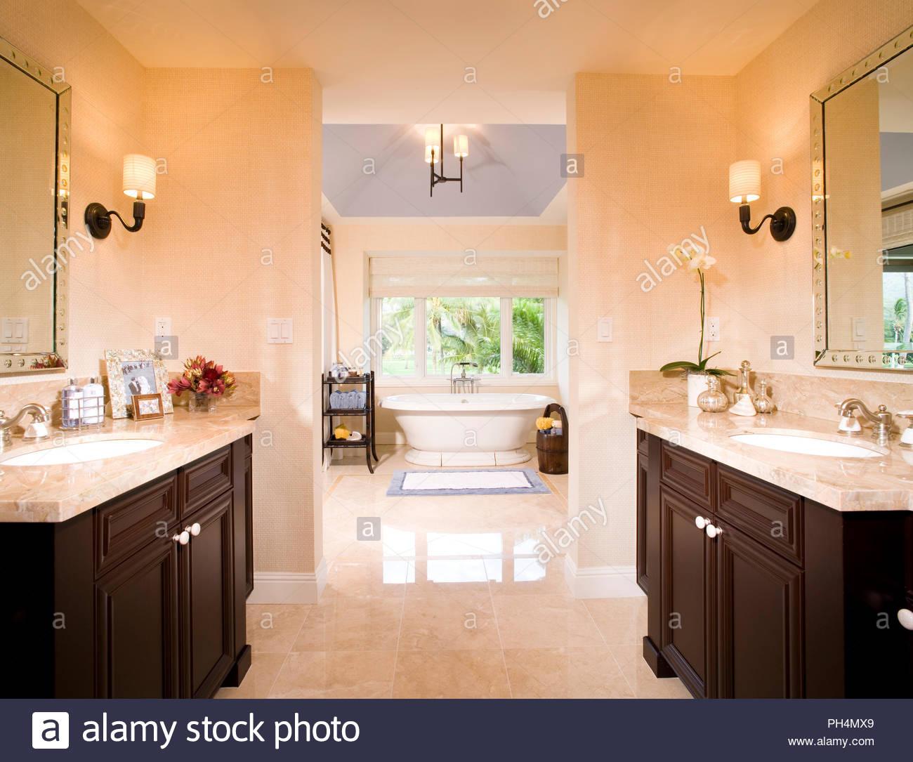 Monochrome bathroom - Stock Image