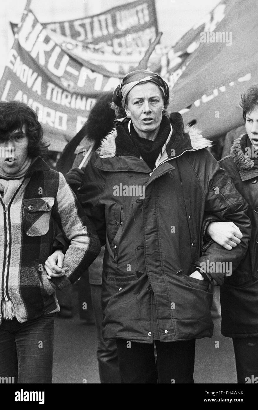 The great English actress Vanessa Redgrave has always been politically engaged, here in Milan (Italy) in January 1978 participates in a demonstration during the European international march organized by the grave (Trozkista inspired) for the defense of workers' rights. - Stock Image