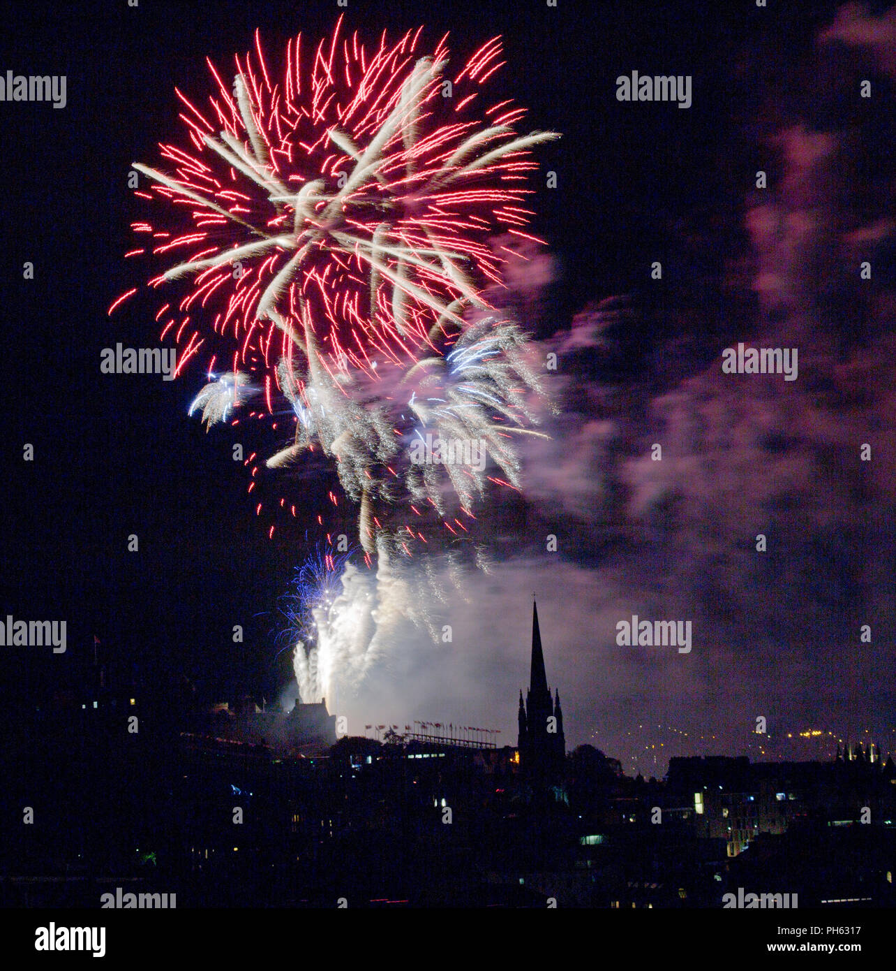 Edinburgh Festival Fireworks at Edinburgh Castle from the Salisbury Crags - Stock Image
