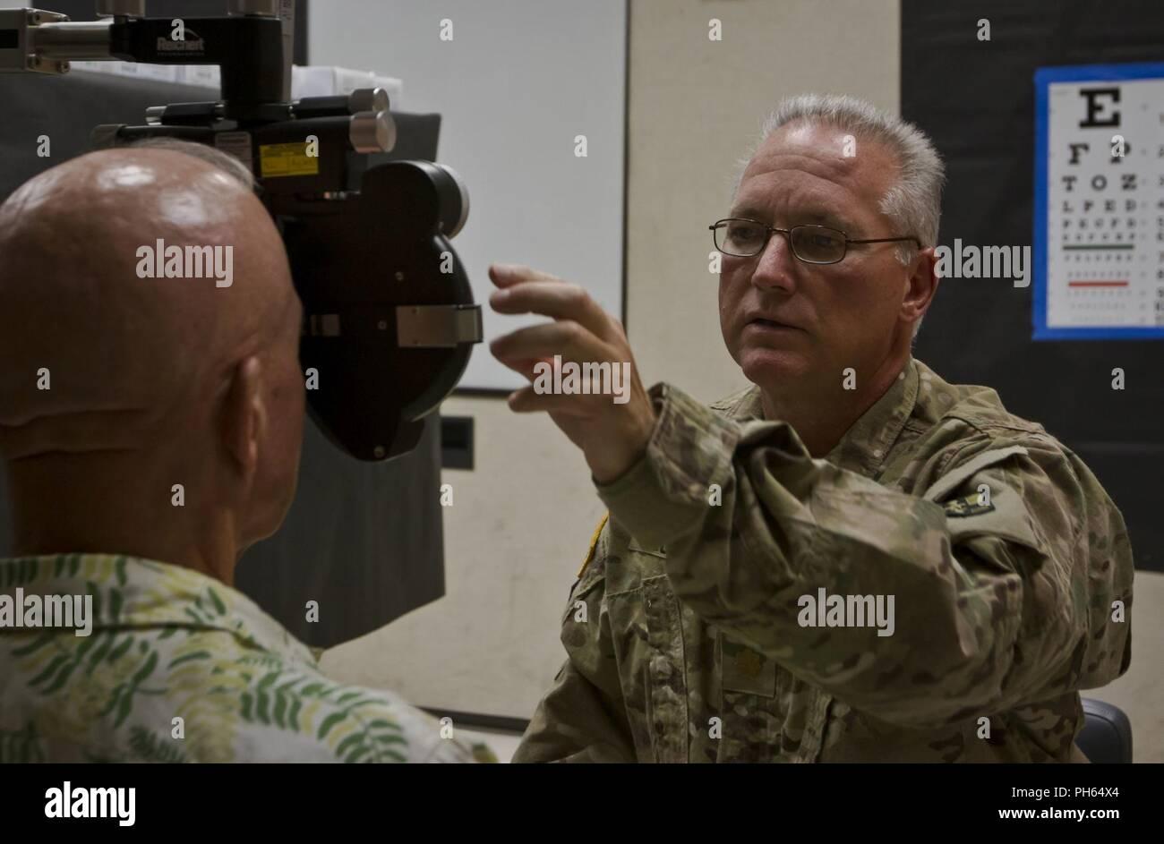 e054fc762e5 Army Medical Exam Stock Photos   Army Medical Exam Stock Images - Alamy