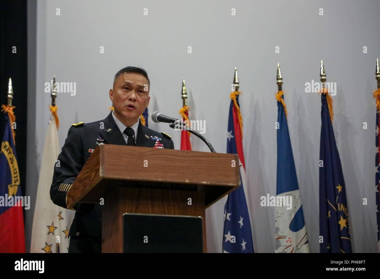 Maj  Gen  Viet Luong, Eight Army deputy commanding general for