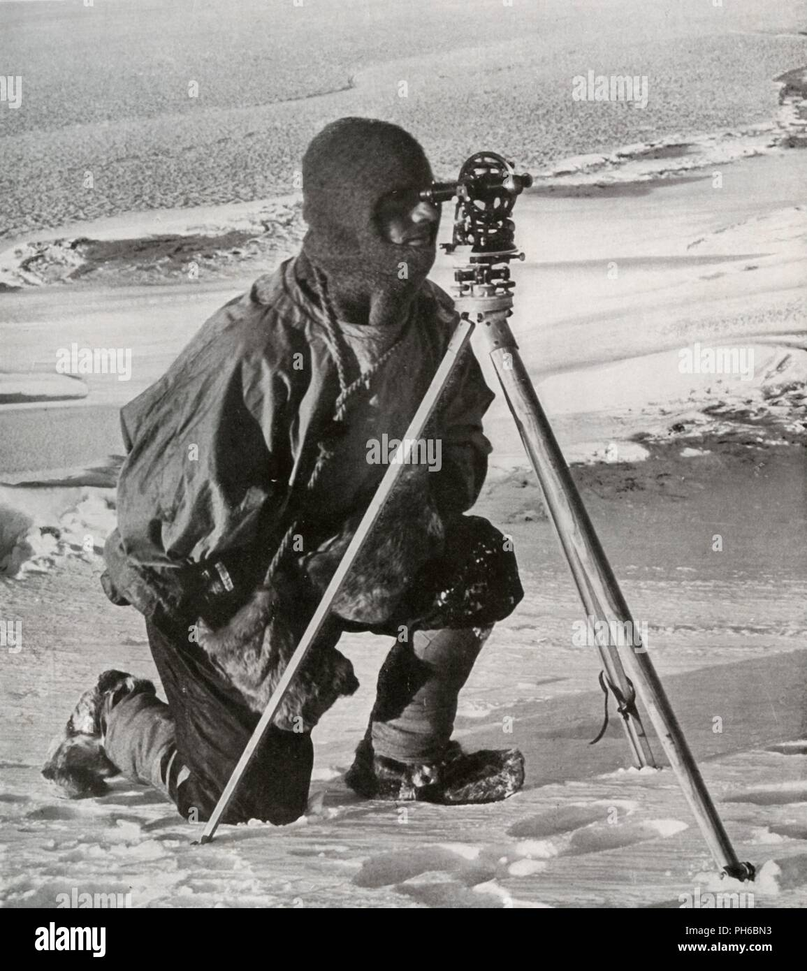 'Lieut. E. R. G. R. Evans Surveying With The Four-Inch Theodolite', October 1911, (1913).  Artist: Herbert Ponting. Stock Photo