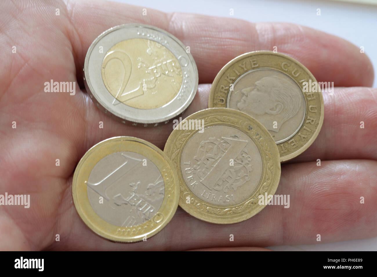 Euromuenzen Tuerkische Lira Muenzen Stock Photo 217116489 Alamy