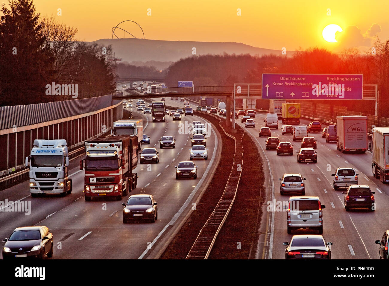 motorway A2 and Hoheward Tip, Recklinghausen - Stock Image