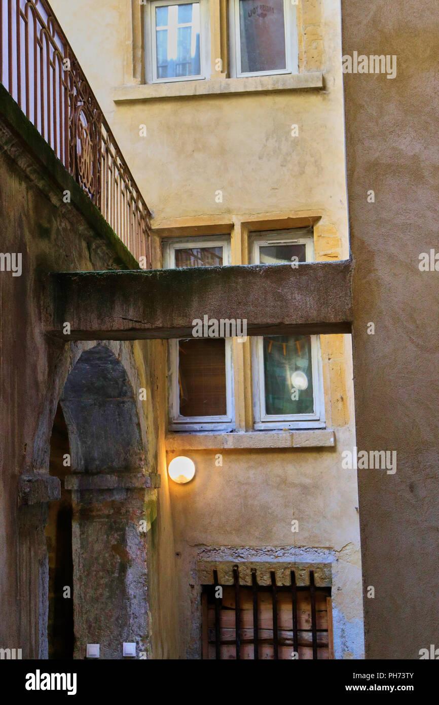 Traboule .Saint Jean District, Unesco World Heritage Site, Old Lyon, Rhône Alpes, France - Stock Image