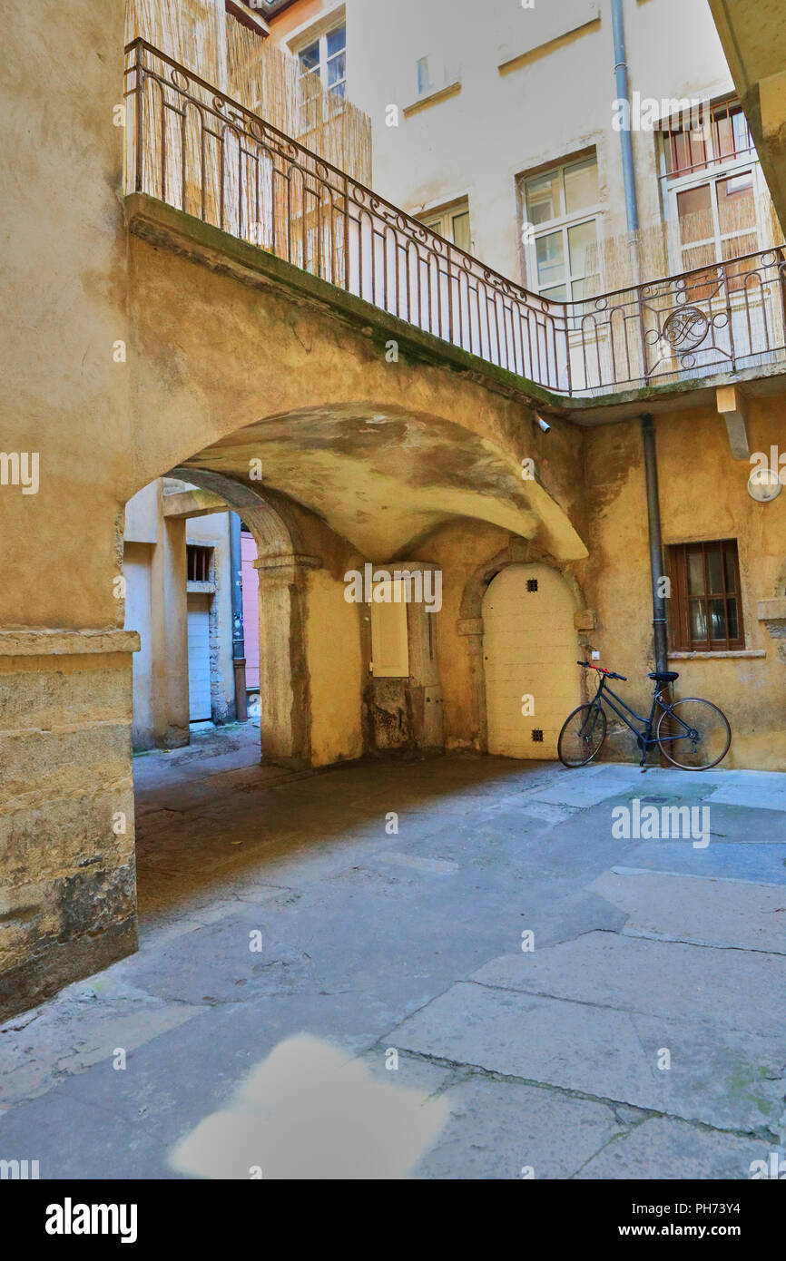 Traboule .Saint Jean District, Unesco World Heritage Site, Old Lyon, Rhône Alpes, France - Stock Image