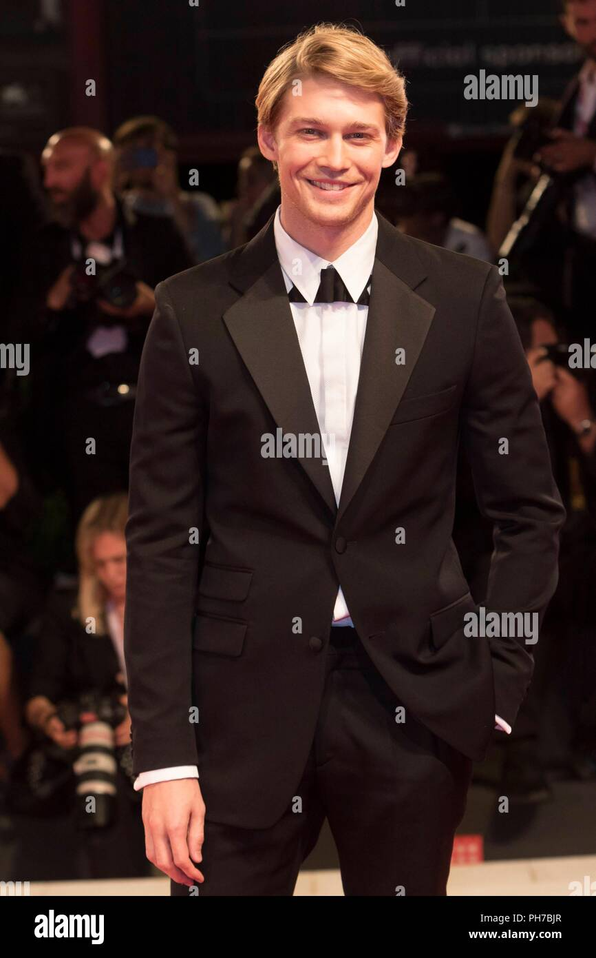 Venice, Italy. 30th Aug, 2018. Joe Alwyn attends the premiere of 'The Favourite' during the 75th Venice Film Festival at Palazzo del Cinema in Venice, Italy, on 30 August 2018. | usage worldwide Credit: dpa/Alamy Live News - Stock Image