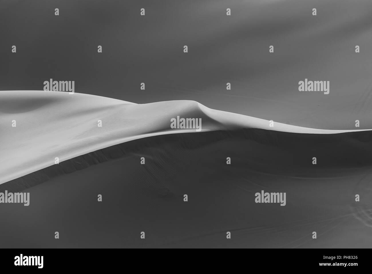 Sand dunes in the desert, monochrome, Erg Chebbi, Merzouga, Sahara, Morocco Stock Photo