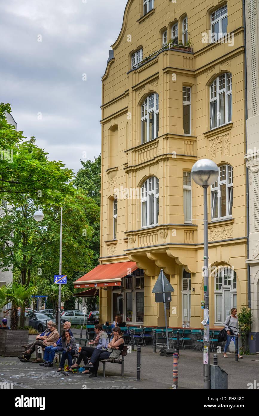 Altbauten, Schillplatz, Nippes, Koeln, Nordrhein-Westfalen, Deutschland Stock Photo