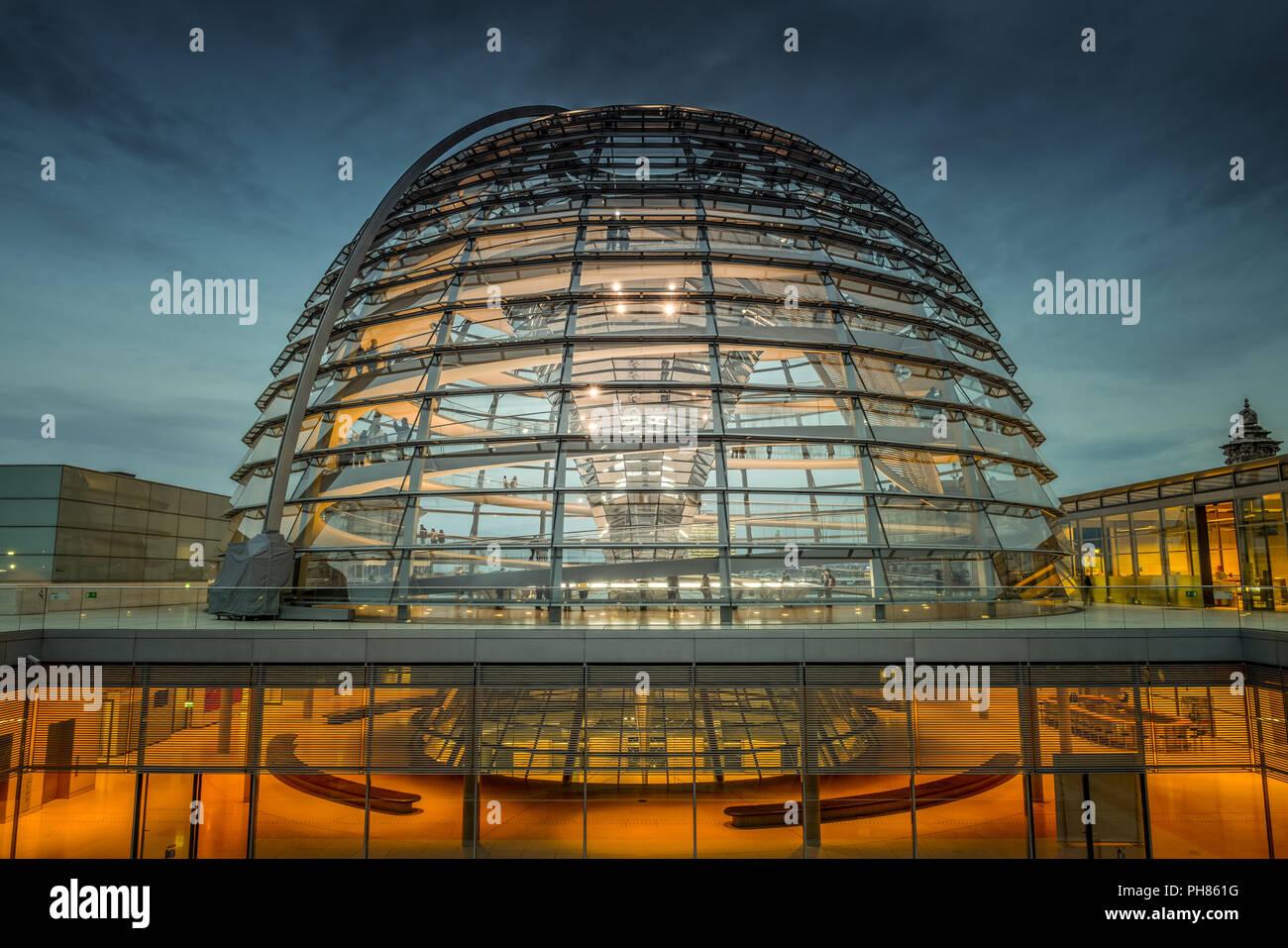 Kuppel, Reichstag, Tiergarten, Mitte, Berlin, Deutschland Stock Photo