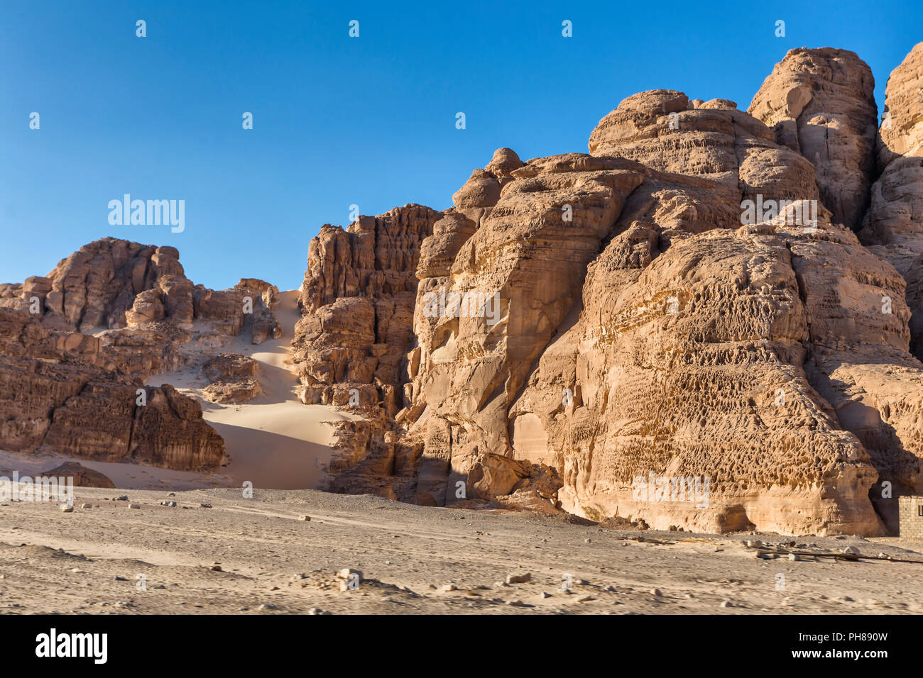 Landscape between Nuweiba and Saint Catherine's Monastery, Sinai peninsula, Egypt - Stock Image