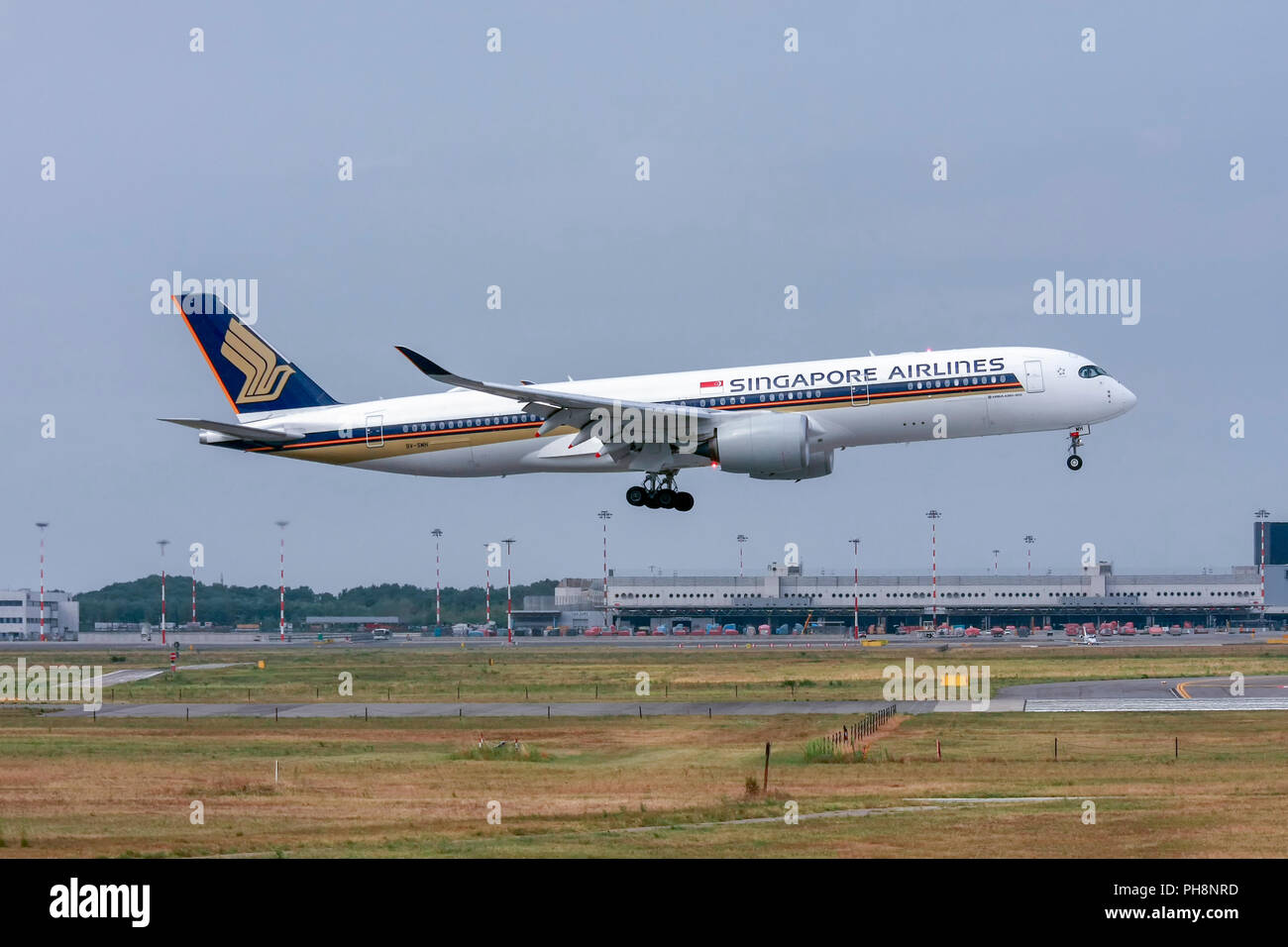 Singapore Airlines, Airbus A350-900 at Milan - Malpensa (MXP / LIMC) Italy - Stock Image