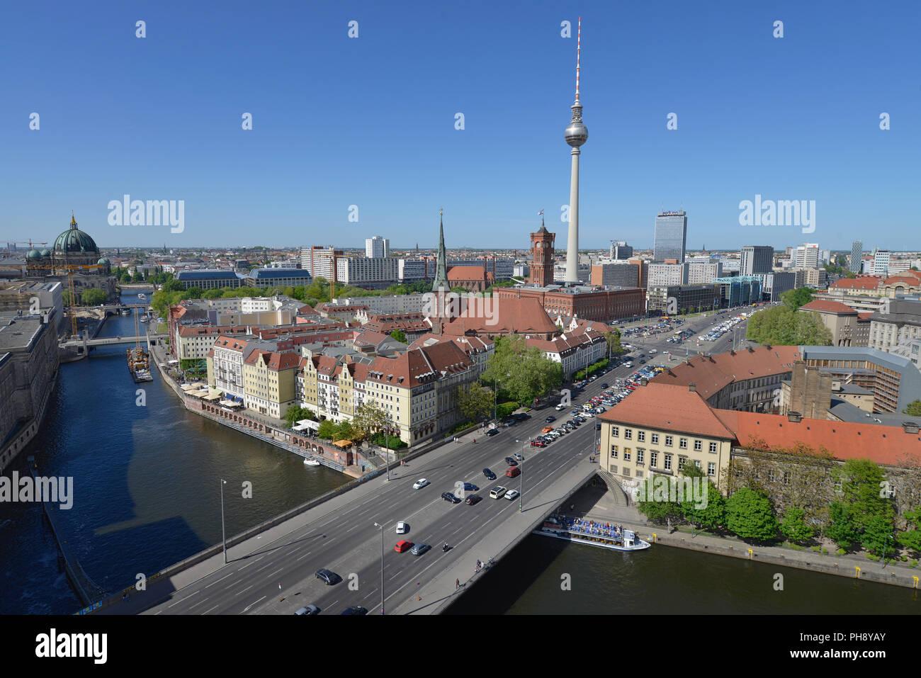 Spree, Nikolaiviertel, Mitte, Berlin, Deutschland - Stock Image