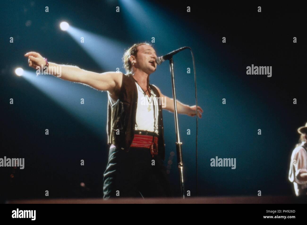 U2 1987 Stock Photos & U2 1987 Stock Images - Alamy