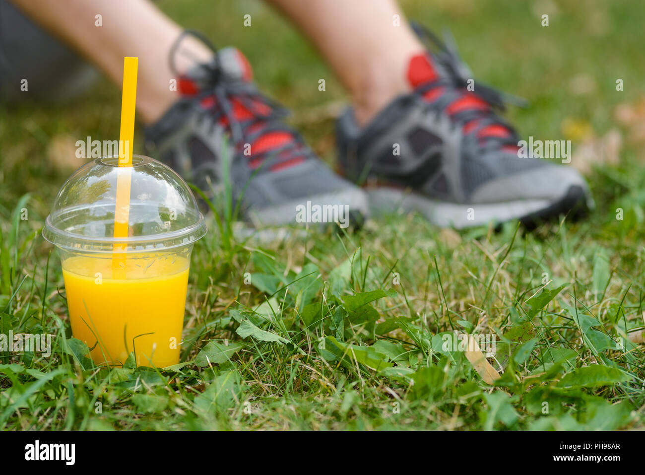 Male athlet takes a break - Stock Image