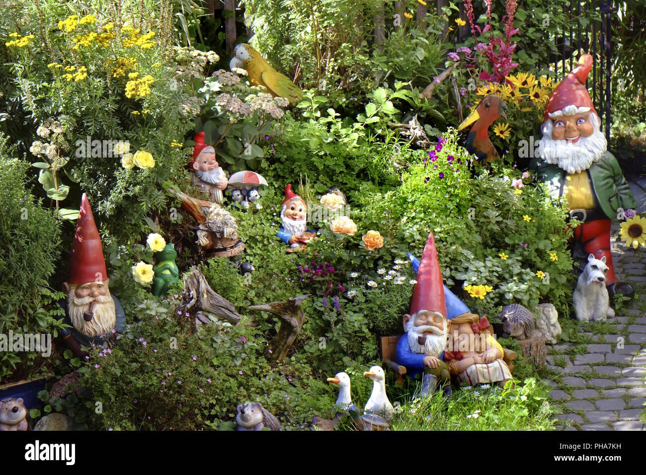 Garden Gnomes Garden Stock Photos & Garden Gnomes Garden