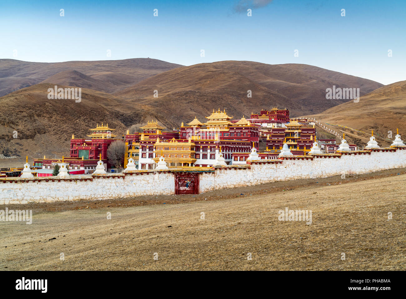 Tibetan monastery on the hill in Litang - Stock Image
