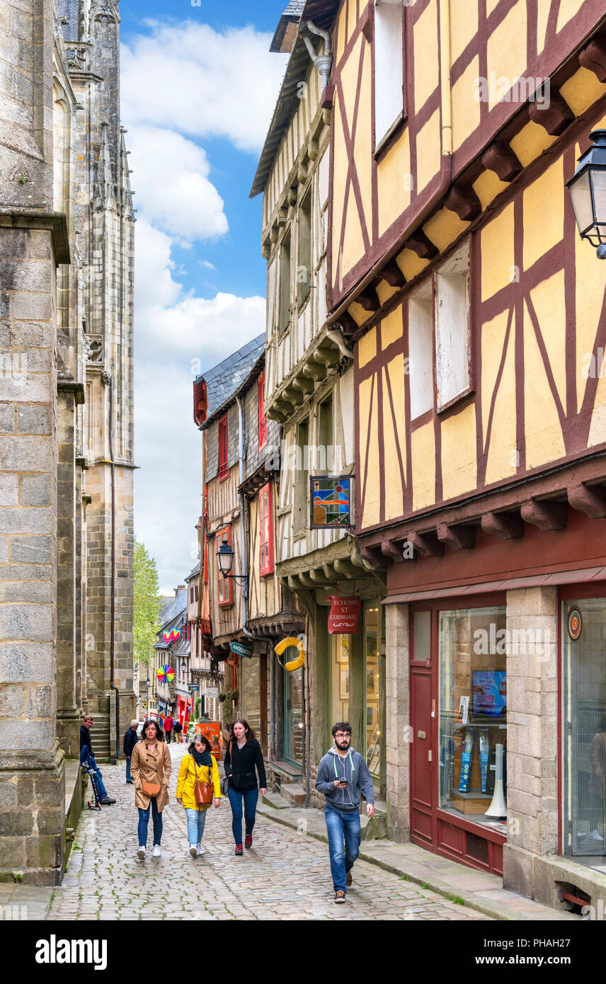 Historic half-timbered houses on Rue Saint-Guenhaël in the old town, Vannes, Brittany, France - Stock Image