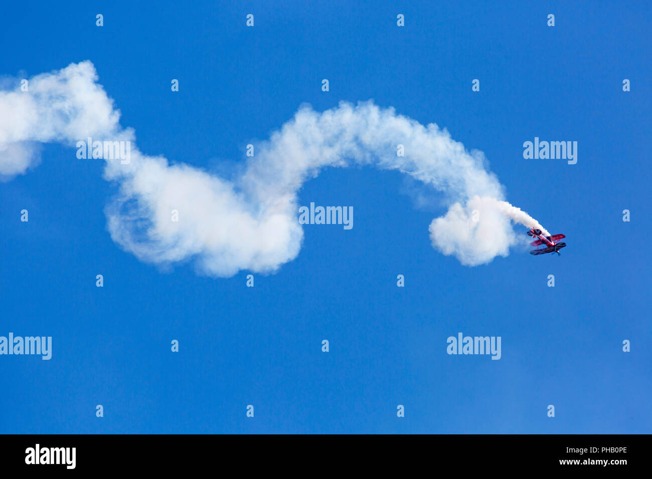 Bournemouth, UK. 31st August 2018. Crowds flock to Bournemouth for the 2nd day of the 11th annual Bournemouth Air Festival. A first for Bournemouth Air Festival, pilot Rich Goodwin showcases the Muscle Biplane Pitts SaS G-EWIZ combining aerial manoeuvres and high energy muscle biplane. Credit: Carolyn Jenkins/Alamy Live News - Stock Image