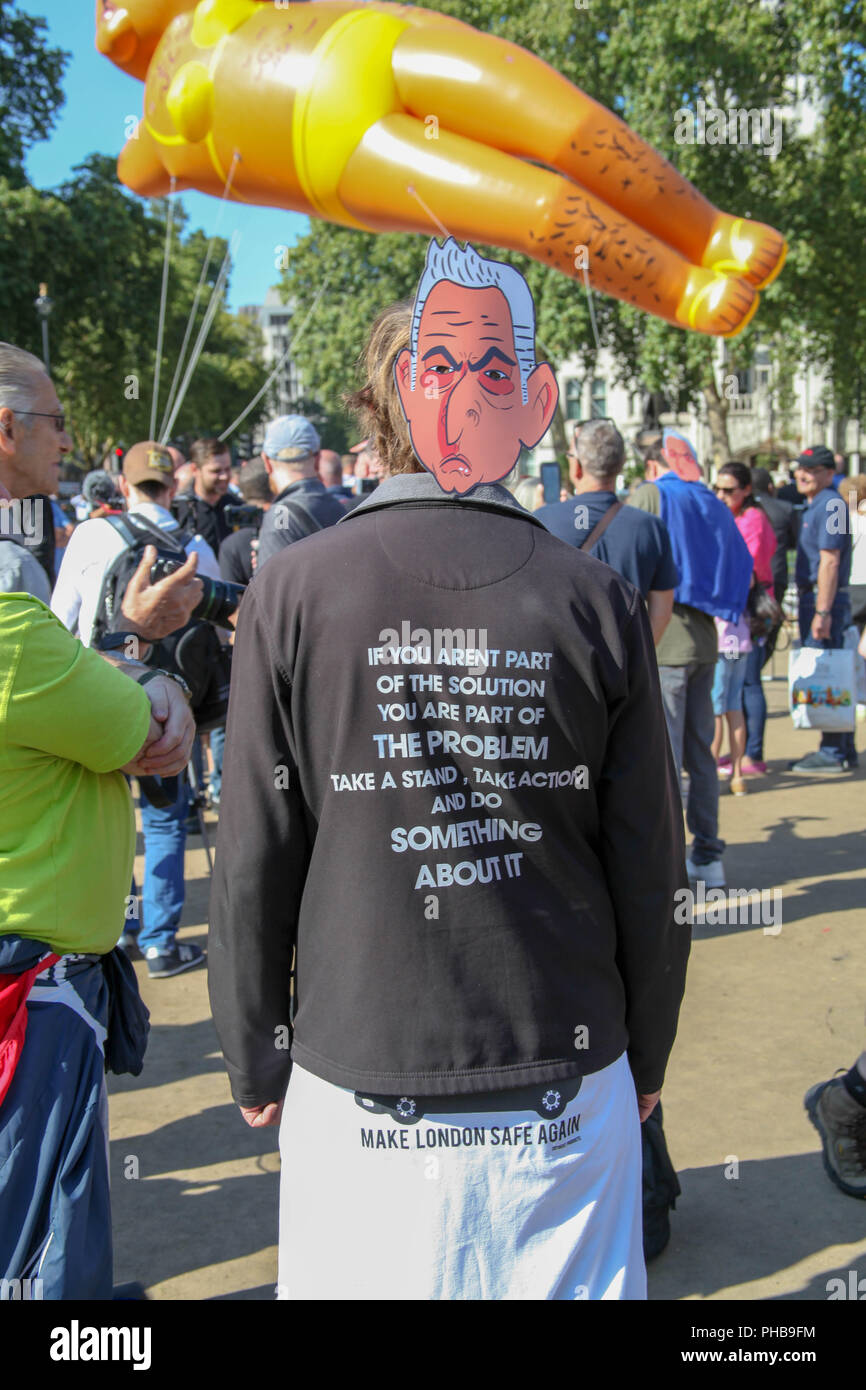 London, UK. 1st September 2018. A critic of London Mayor Sadiq Khan Credit: Alex Cavendish/Alamy Live News - Stock Image