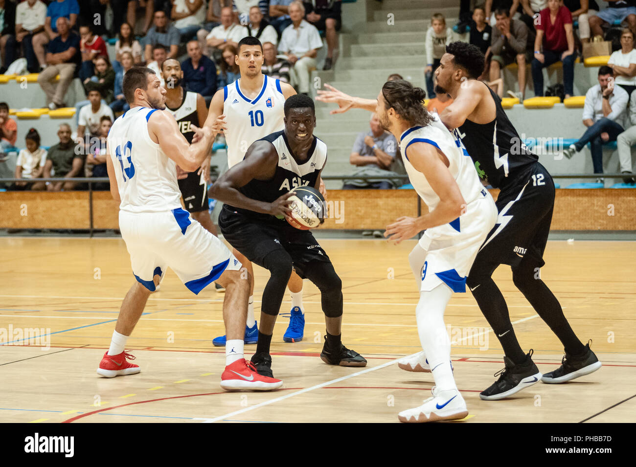 Belleville-sur-Saône, France. 31st August 2018.  Ain Star Games is a preparation tournament - The match was against ASVEL and KK Mornar Bar (88-68).  Khadim Sow with the ball. Credit: FRANCK CHAPOLARD/Alamy Live News - Stock Image