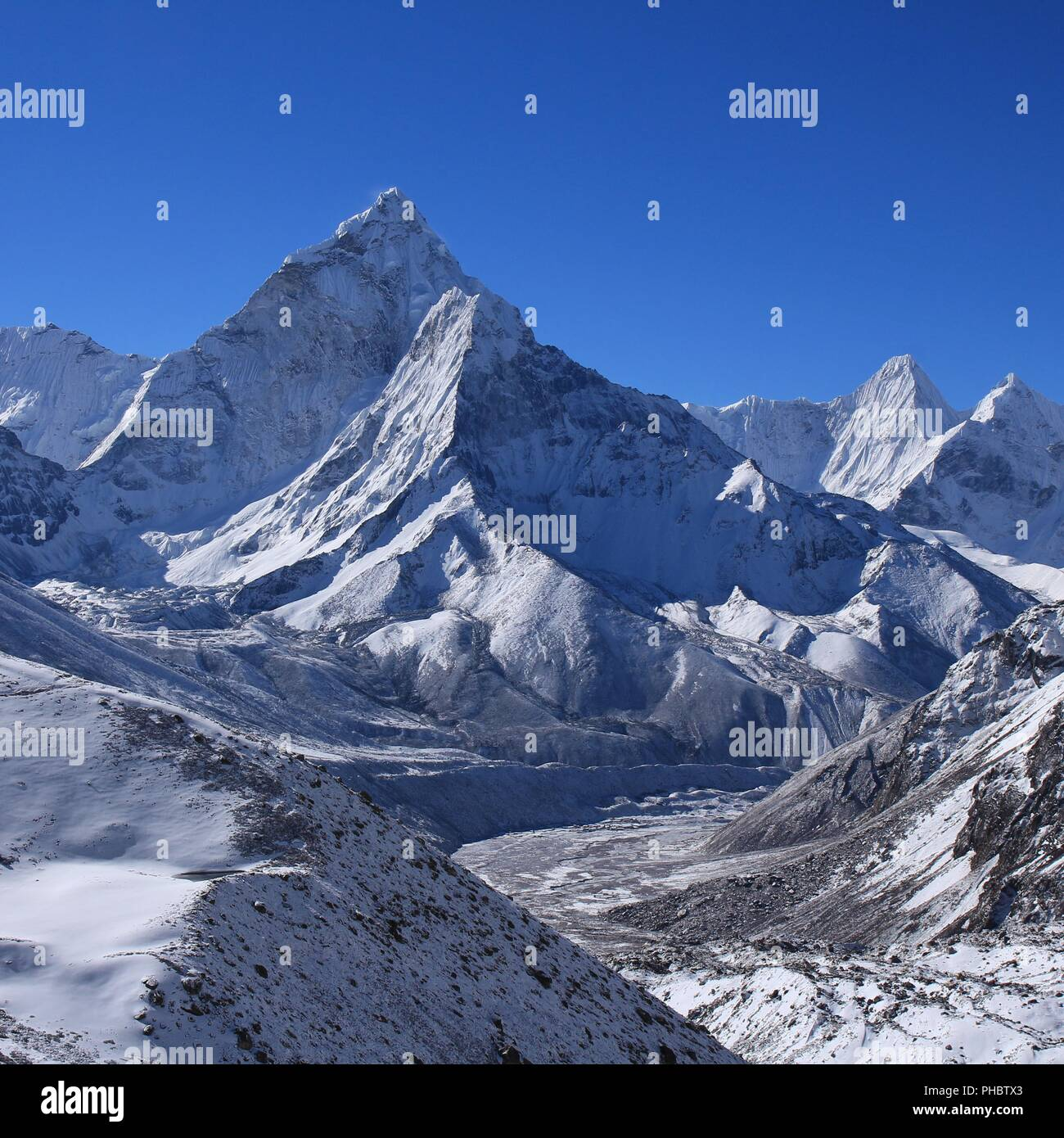 Mount Ama Dablam on a morning after new snowfall - Stock Image