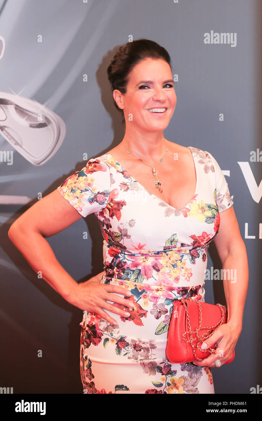 Katarina Witt Stiftung High Resolution Stock Photography And Images Alamy
