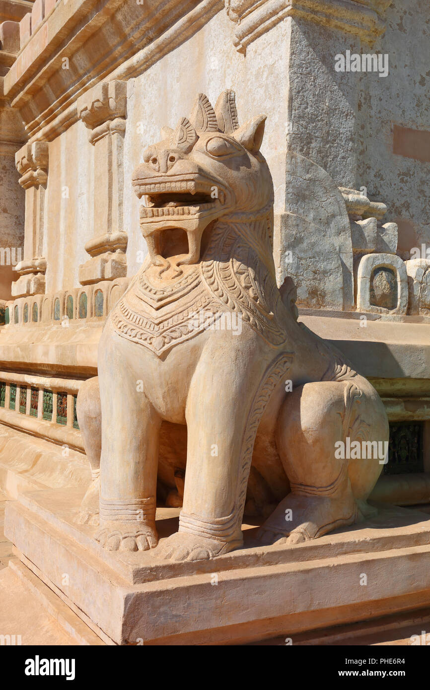 Statue of mystery lion in Bagan - Stock Image