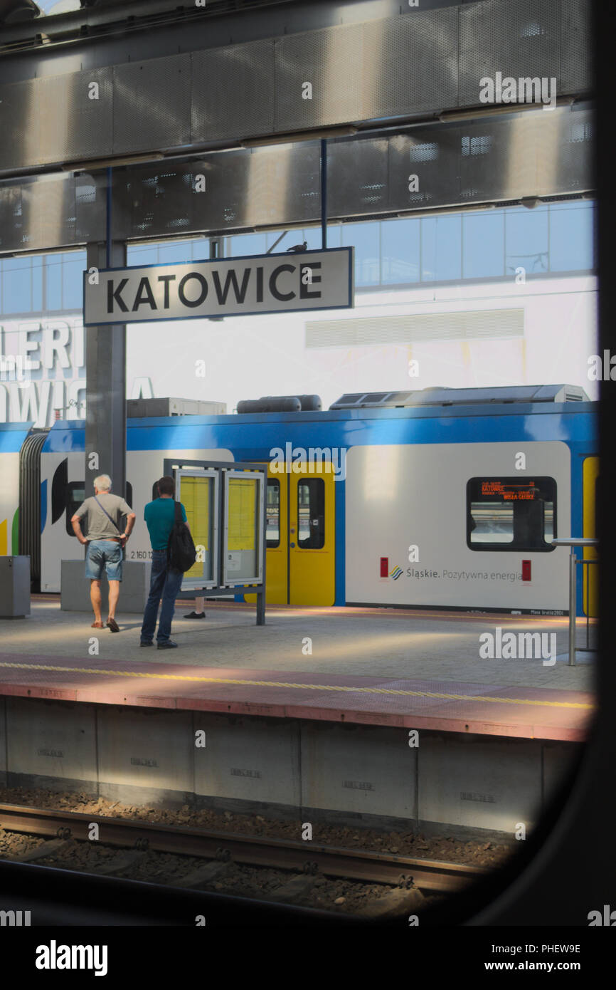 Railway station platform in Katowice, Poland. - Stock Image