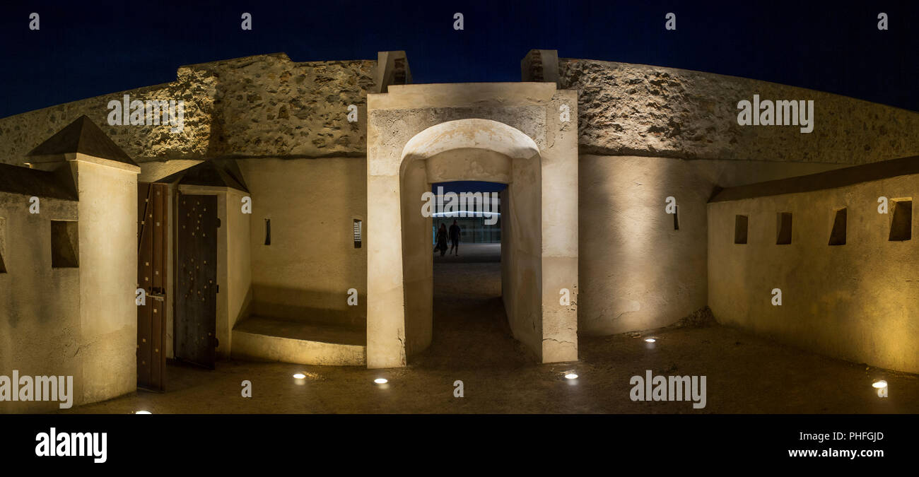 Fort of San Cristobal, fortified door, Badajoz, Spain. Night shot - Stock Image